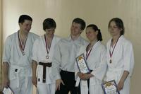Сенсей в окружения своих учеников - призёров. Айкидо 2007